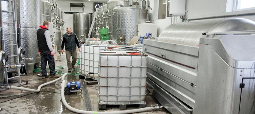 wine nitrogen system sparging